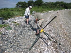 Erecting the antenna